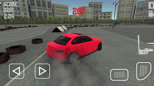 Drifting BMW 3 Drift Racing